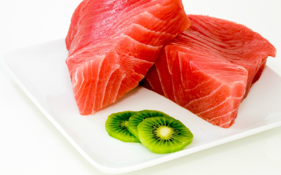 6.2 x more Omega-3 than raw tuna